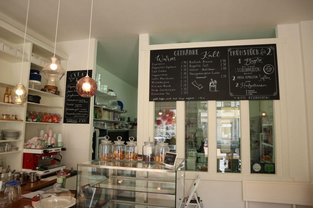 Blick in das Café